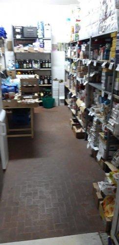 Il magazzino il giorno dopo